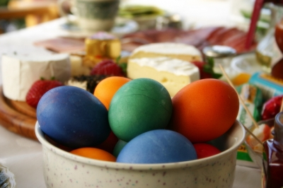 draft_lens1847913module9962874photo_1213291308colored-easter-eggs-photo